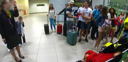"""Nuno Agonia: """"Comprei bilhete de avião e vou para a minha terra de camioneta"""" - reclamação à TAP"""