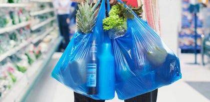 Sacos de plástico vão mesmo custar dez cêntimos